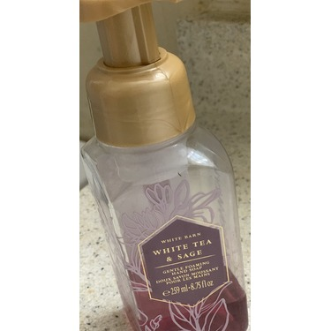 Bath and body works white tea and saje hand soap