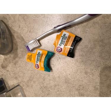 ARM & HAMMER™ Essentials Whiten & Strengthen Fluoride Toothpaste