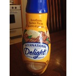 International Delight Southern Butter Pecan Coffee Creamer