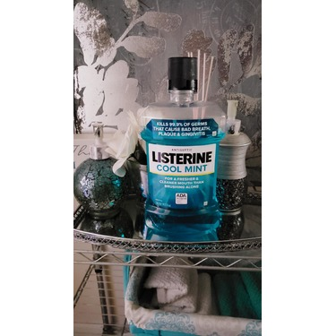 Listerine Cool Mint Antiseptic Mouthwash