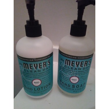 Mrs. Meyer's Clean Day Basil Hand Soap