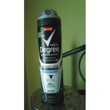 Degree Men® Ultraclear Black + White® Fresh Dry Spray Antiperspirant